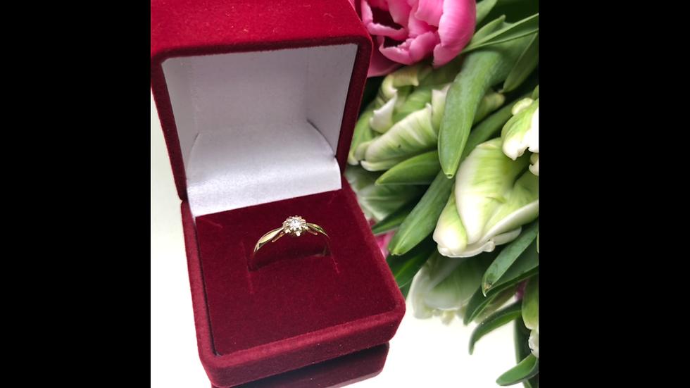 Pierścionek złoty brylant