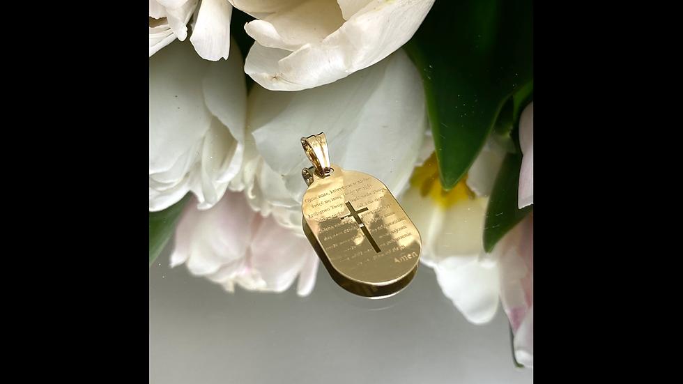 Medalik z krzyżem złoty