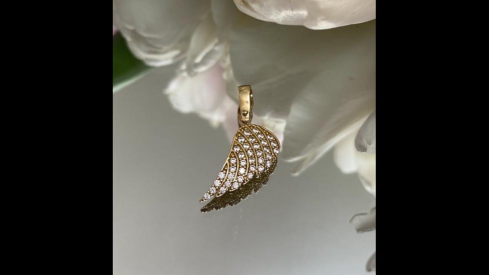 Wisiorek złoty skrzydło cyrkonie