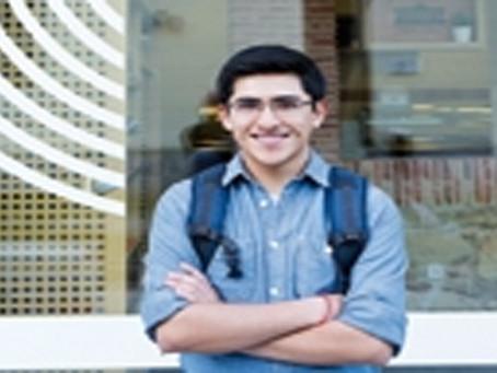 Boliviano de 19 años resalta con la 'realidad aumentada'