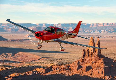 2020 SR22 Carbon Corso Red Air to Air 01