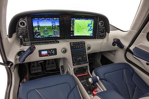 Interior - Pilot Side Panel Shot.jpg