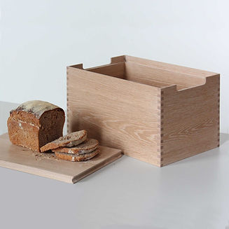 Breadbin 1 small square.jpg