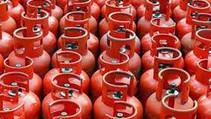रसोई गैस सिलेंडर की कीमत में आयी गिरावट। जाने नयी दर