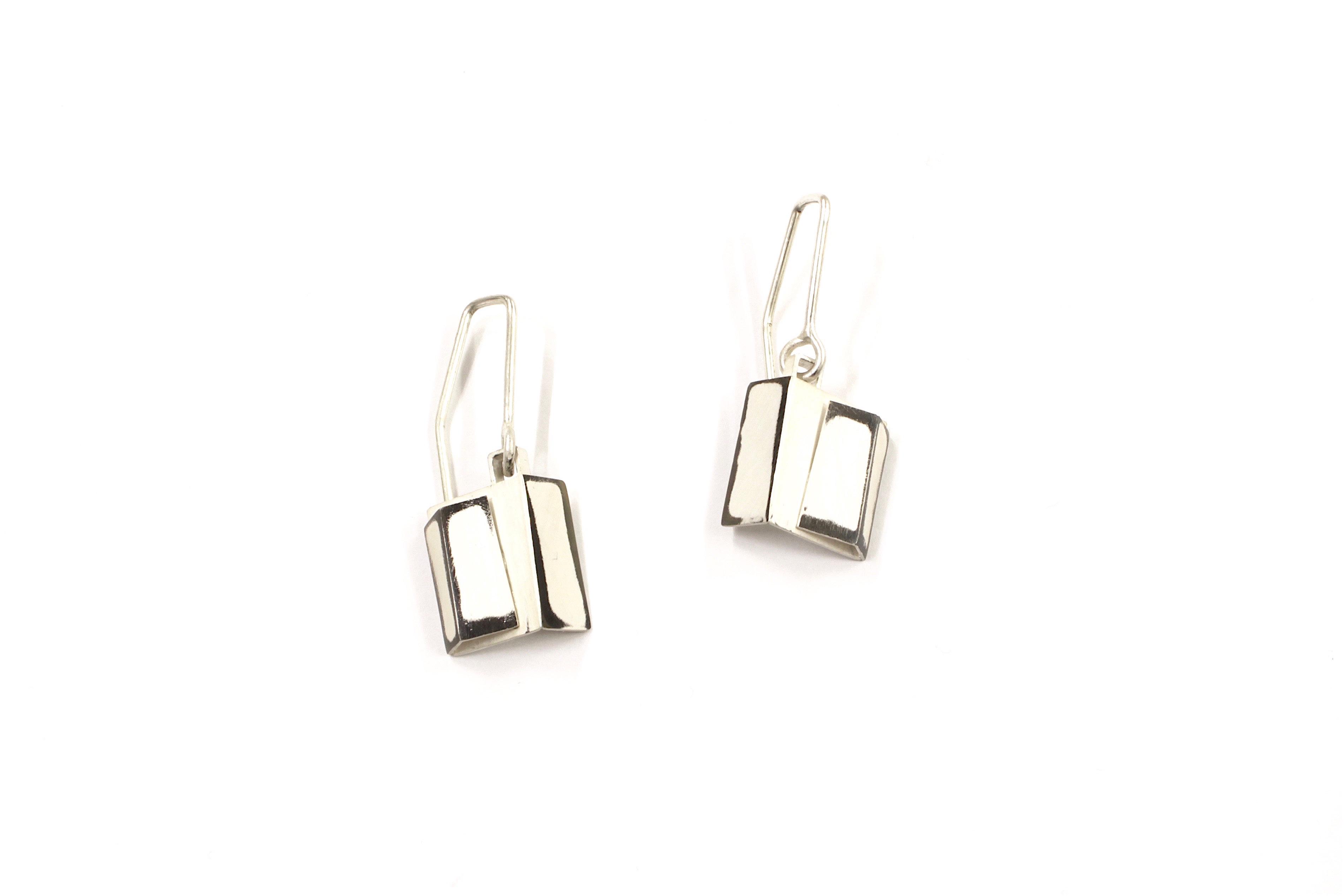 Layer Fold Earrings