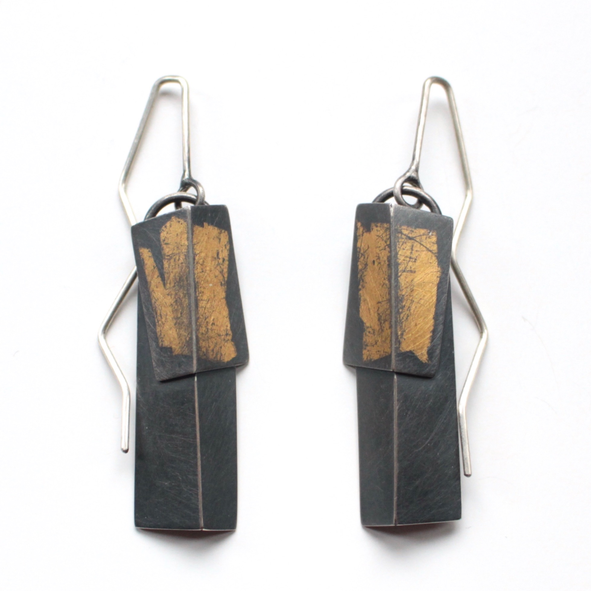 Layer Fold Drop Earrings