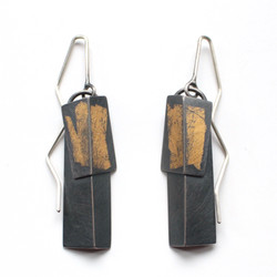 Layer Fold Drop Earrings