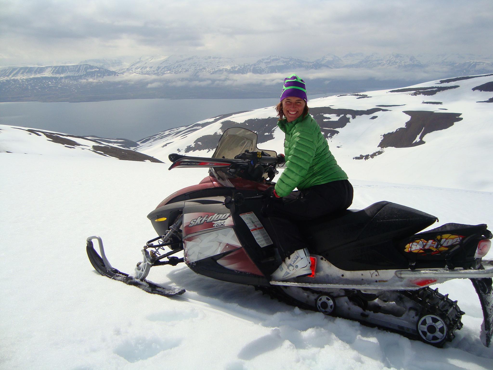 Snowmobil&skiing - Island