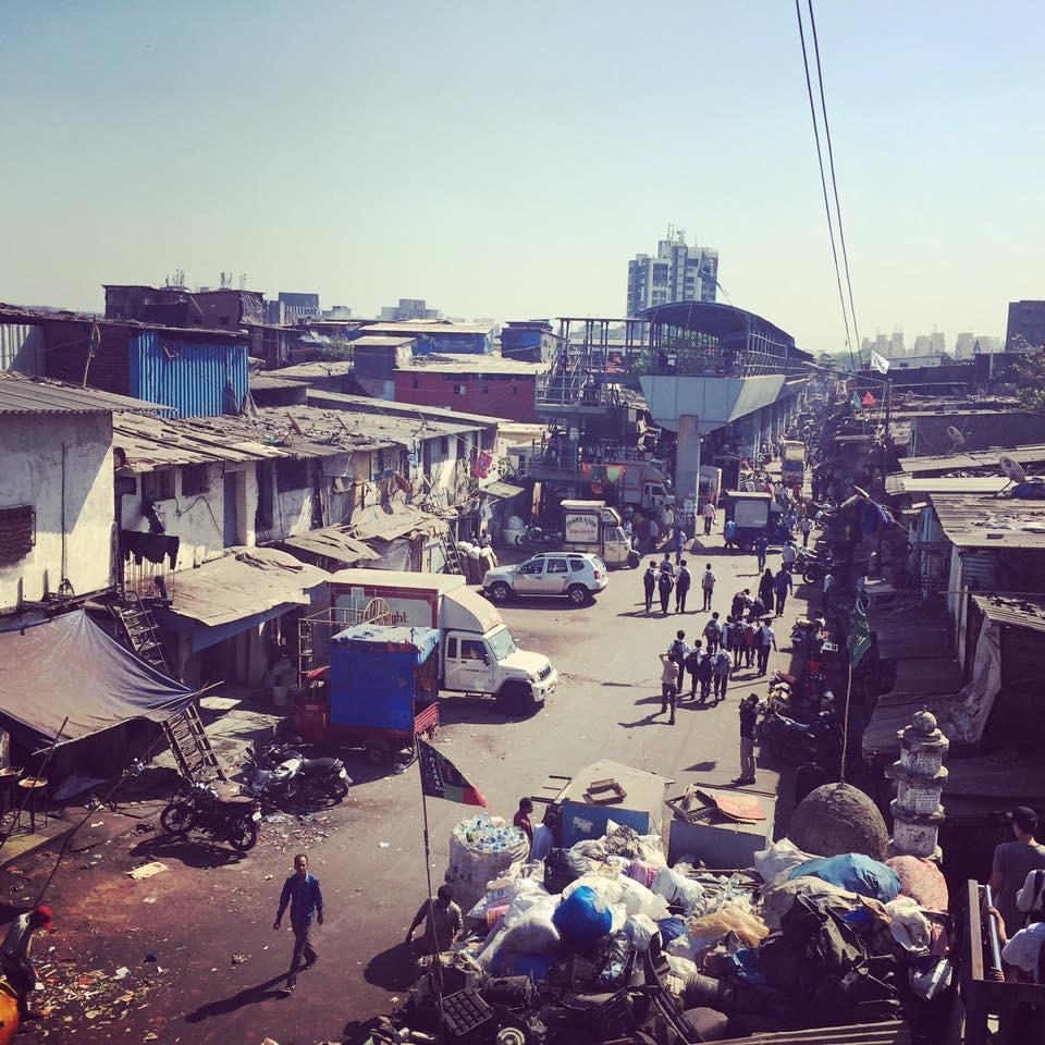 Slum Dharavi v Bombaji