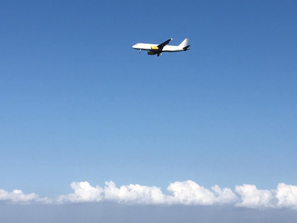 Letadlo vzlétlo s mými milovanými k nebi