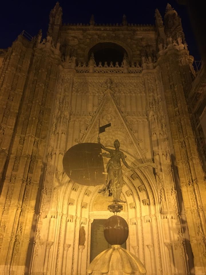 Noční katedrála - Sevilla