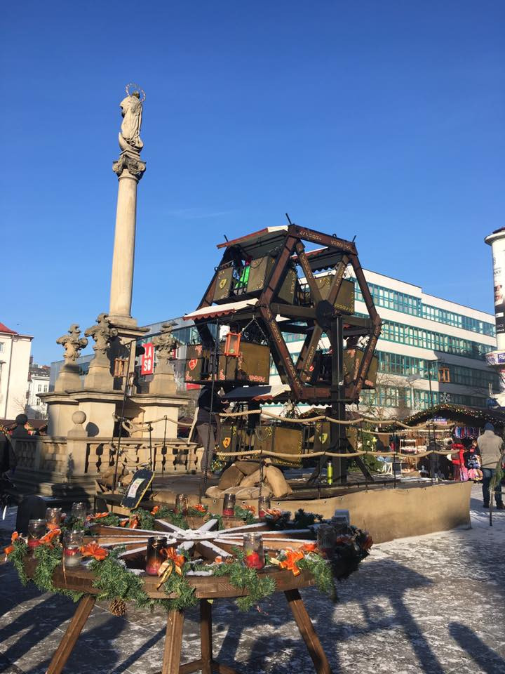 Vyšňořené adventní náměstí Ostravy