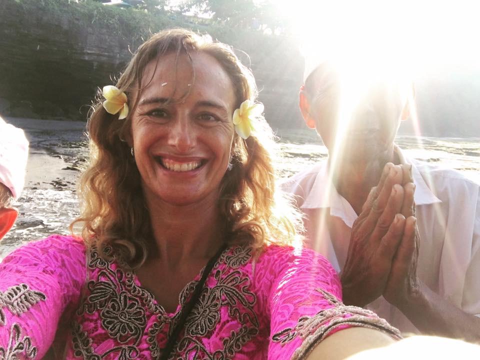 Ranní požehnání na Bali