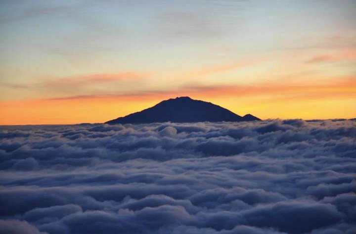 Mt. Meru - Tanzánie