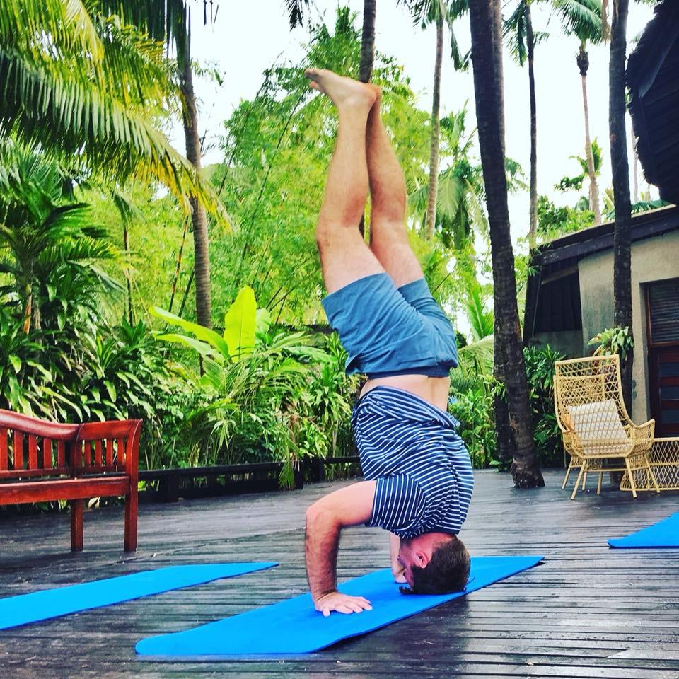 Stojka jogína z NYC