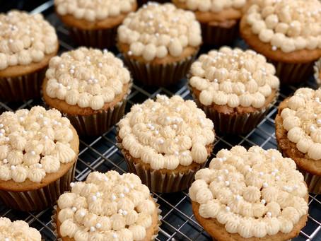 Sparkling Cider Cupcakes With Sparkling Cider Frosting