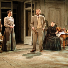 Uncle Vanya (Hampstead Theatre)