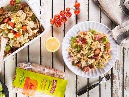 Salada de presunto, alface e tomate cherry