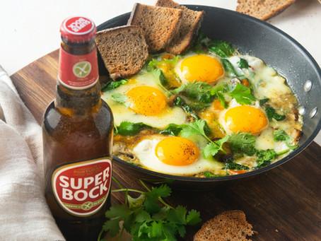 Legumes na frigideira com ovos escalfados (sem glúten)