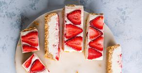 Cheesecake de morango, lima e baunilha (vegan)