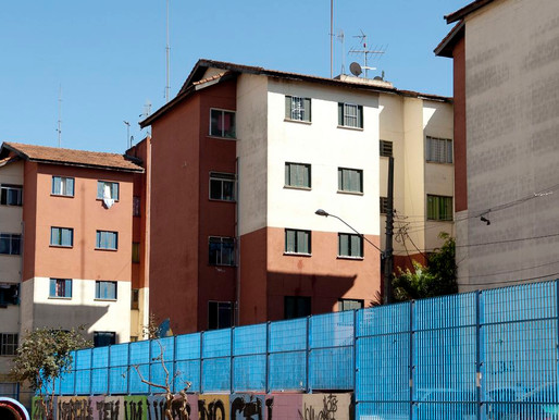 Bolsonaro assina decreto que regulamenta programa Casa Verde e Amarela