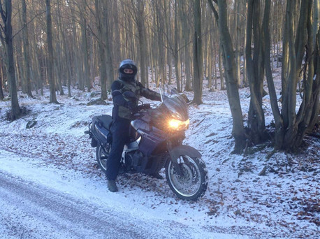 siima sibirsky suit with a rider in the snow