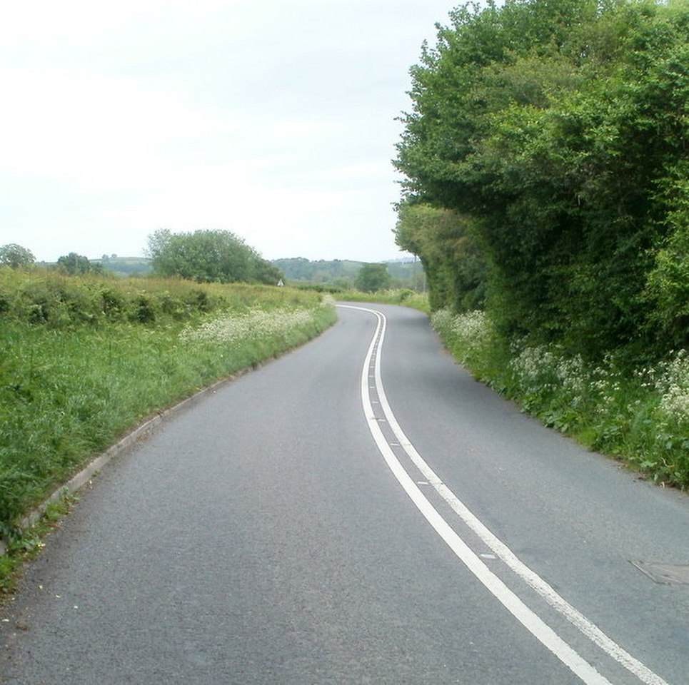Double white lane on a curve