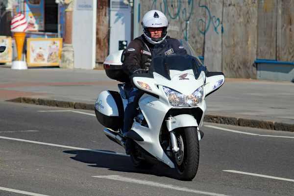 Honda ST1300 Pan European_600x400.jpg