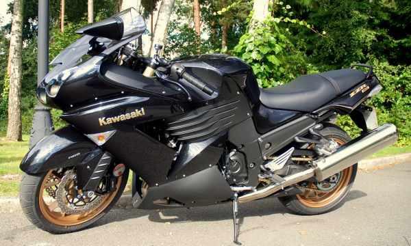 kawasaki zzr black color