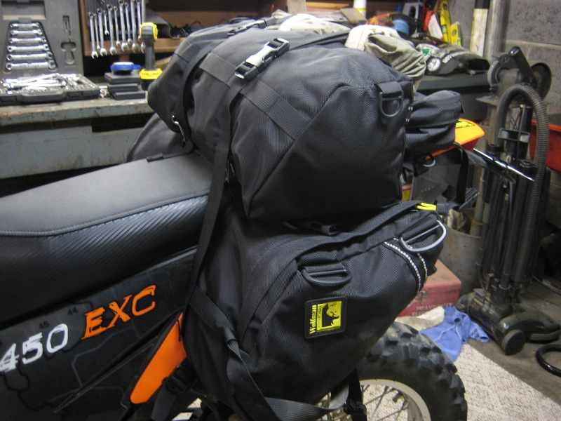 wolfman_motorcycle_saddlebags_enduro