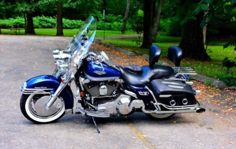 Harley_Davidson_Road_King_800x506