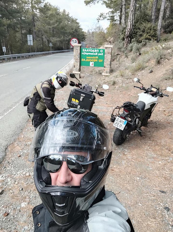agios_nikolaos_cyprus_riding_moutnains.j