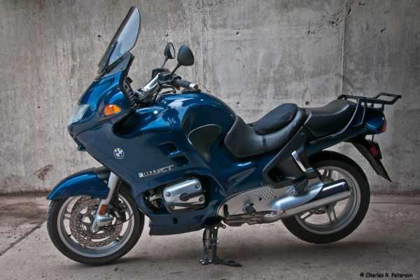 bmw blue sport touring bike