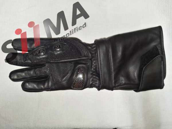full view of under of the glove of motorcycle adventure gloves