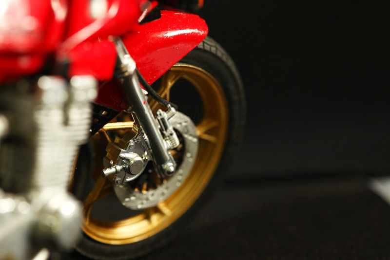 red motorcycle front brake_800x534