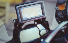 5 Most Popular Motorcycle GPS Navigation Systems (Videos)