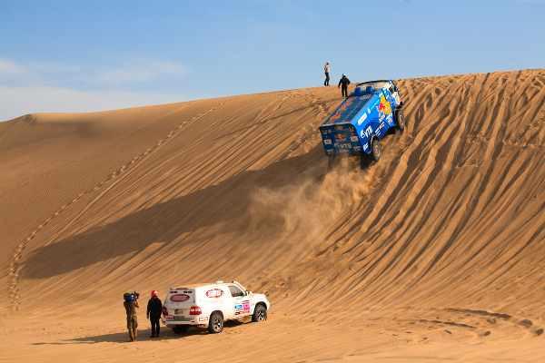 dune sands activities in peru