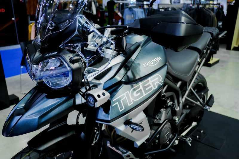 triumph tiger 800 2018 close up_800x534.jpg