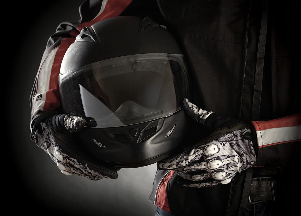 Motorcycle safety. Riding safety tips