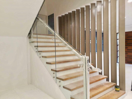 glass stairs railings