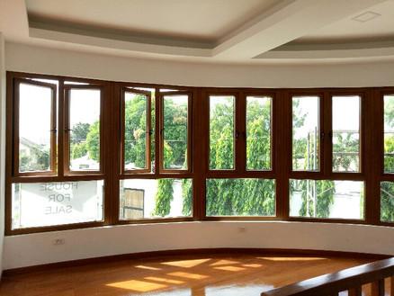 Wood laminated segmented windows