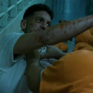 Daredevil Se2 Punisher Prison Scene