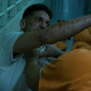 Daredevil Se2 Punisher Prison Scene