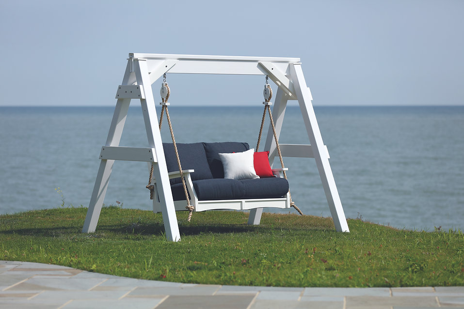 Classic Terrace Loveseat Swing - White i