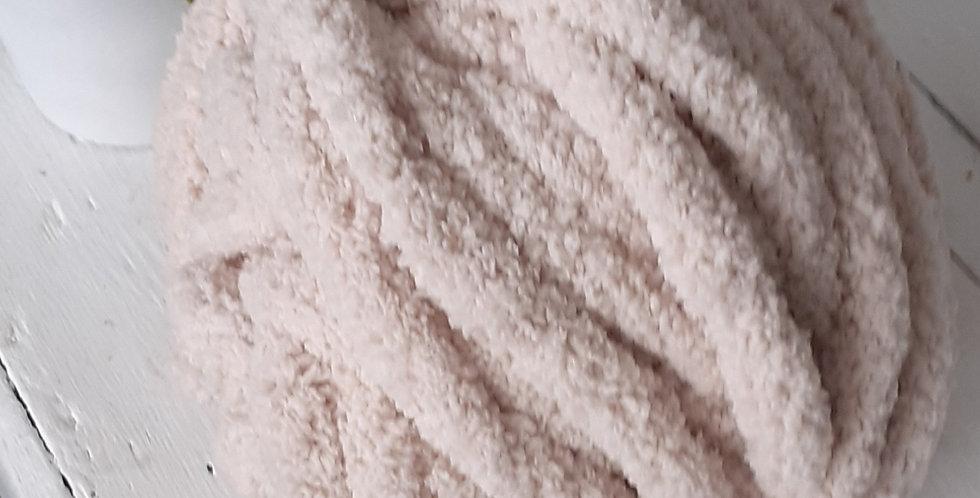cream chenille yarn