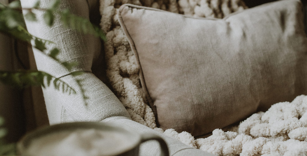 chunky knit blanket -cream