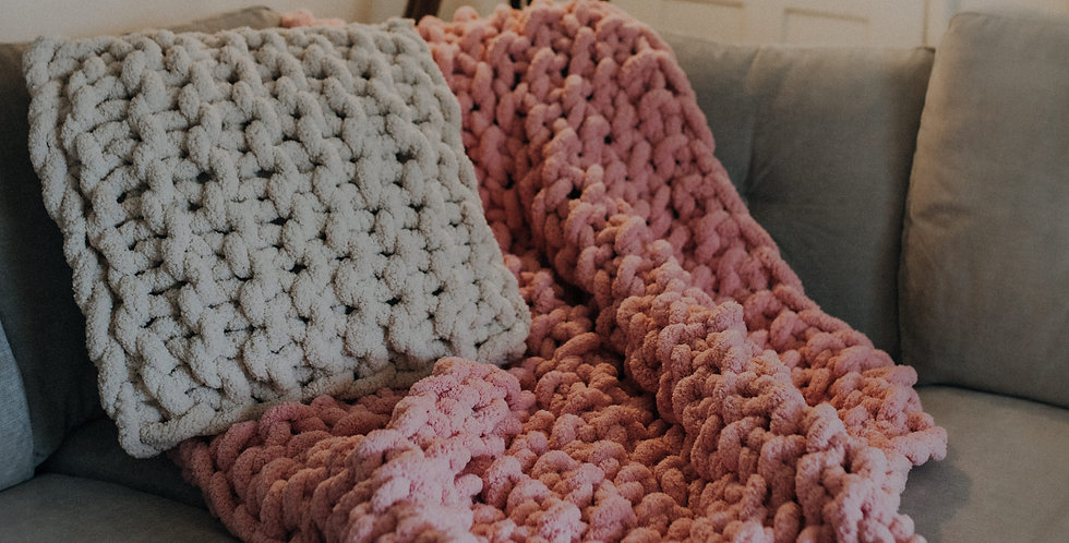 chunky knit blanket -pink