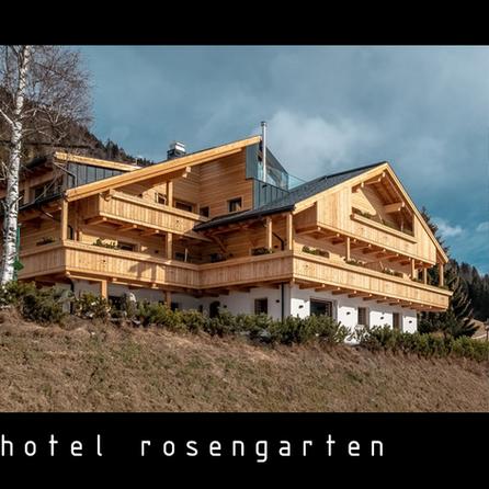 black_hotel_rosengarten.png