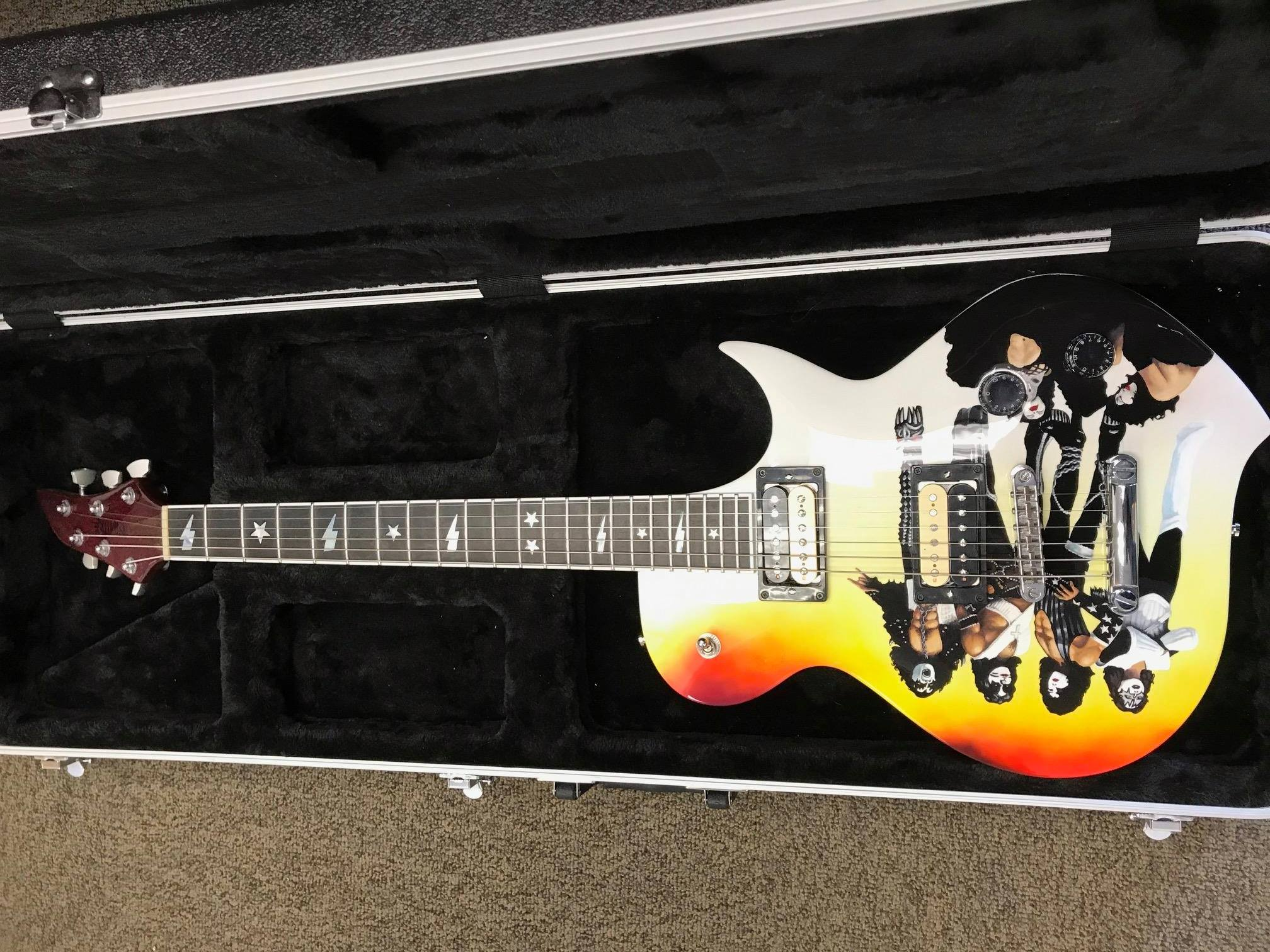 Kiss Guitar Complete