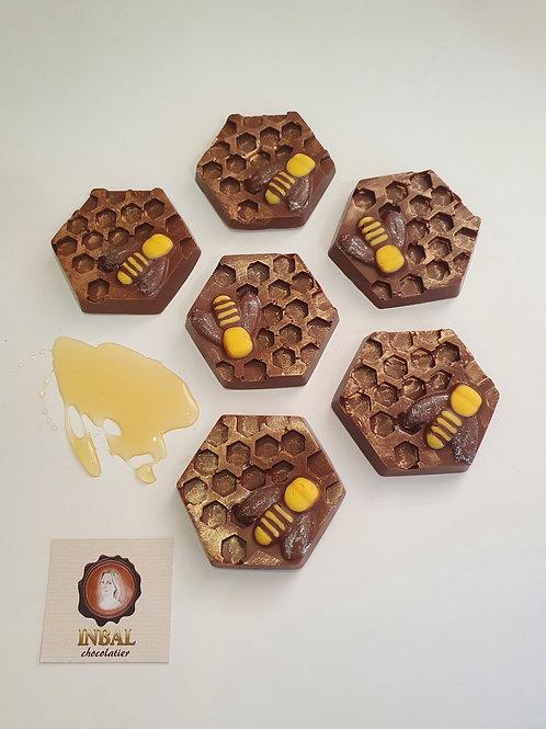 כוורת שוקולד